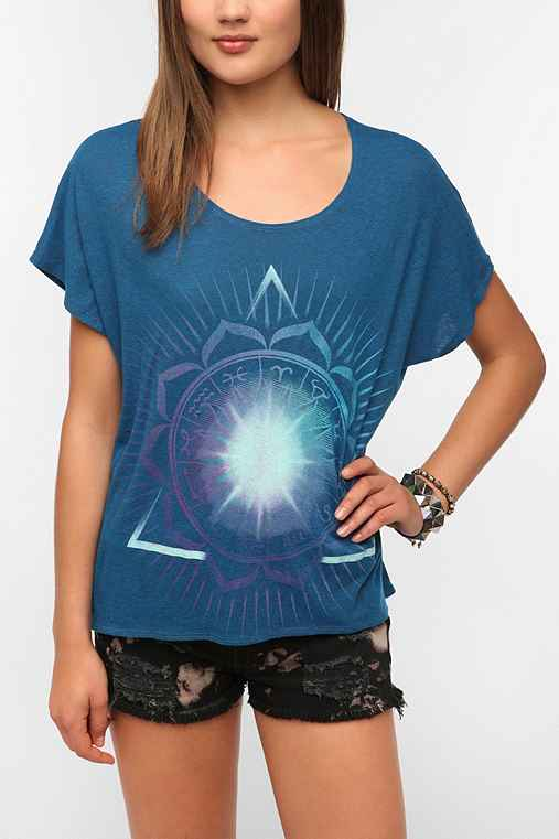 Title Unknown Glowing Zodiac High/Low Tee