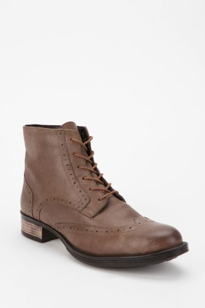 Chelsea Crew Naples Leather Lace-Up Boot