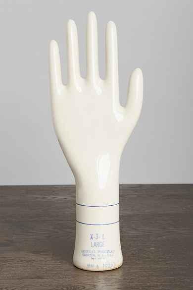Vintage 1972 Porcelain Hand