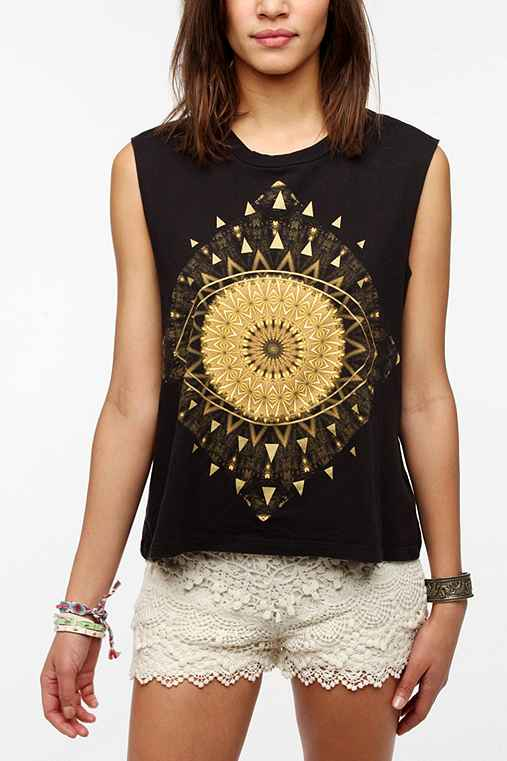 Truly Madly Deeply Golden Eye Muscle Tee