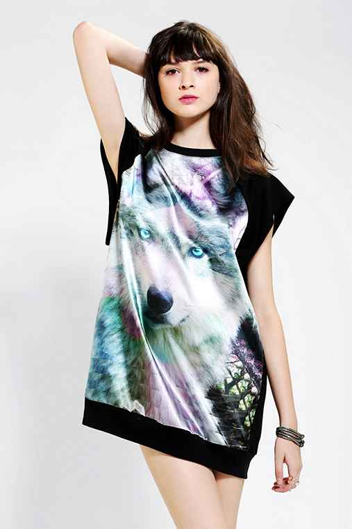 Hi! Expectation Lobo Raglan Dress