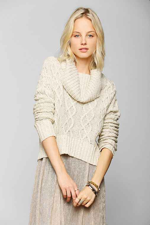 Pins And Needles Cable-Knit Cropped Turtleneck Sweater
