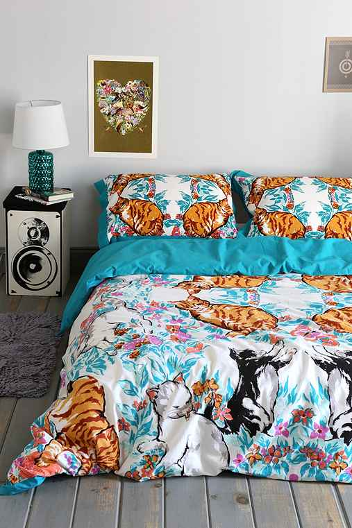 Plum Amp Bow Cat Kaleidoscope Duvet Cover Urban Outfitters