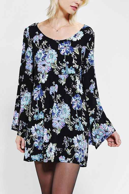 dress, dressy, floral, 70s, retro, bell sleeves, blue, black, lbd, little black dress, occasion, casual, festival, coachella, 2013, 2014, nostalgia, comfy, trend, shopping, fashion, cute, pretty, sexy