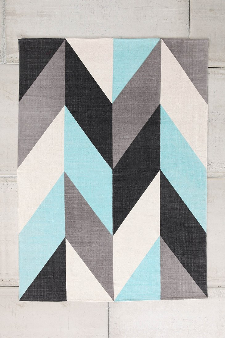 assembly home chevron flip handmade rug urban outfitters. Black Bedroom Furniture Sets. Home Design Ideas