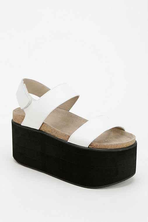 Yes Pound Flatform Sandals