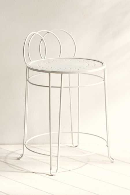 Plum & Bow Wire Loop Chair