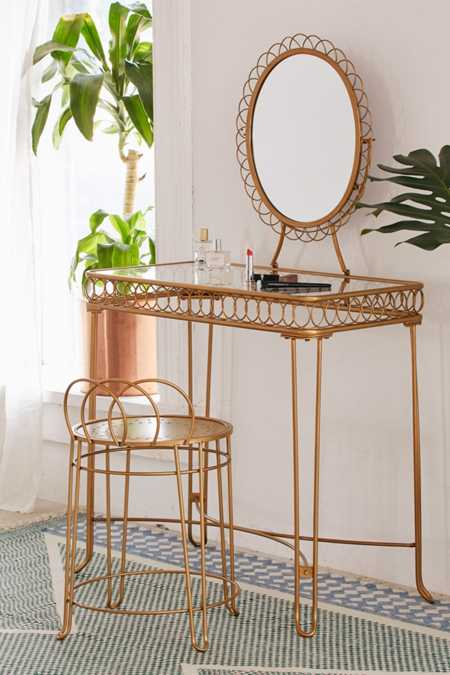 Coffee Tables + Side Tables - Urban Outfitters