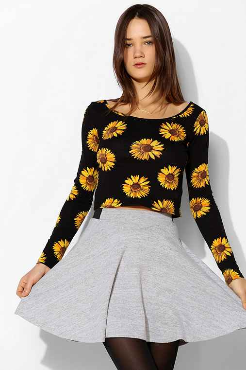 Pins And Needles Floral Cropped Tee