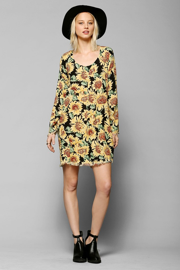 6123bbe1b2ca SOMEDAYS LOVIN SUNFLOWER LONG-SLEEVE DRESS - URBAN OUTFITTERS on The Hunt