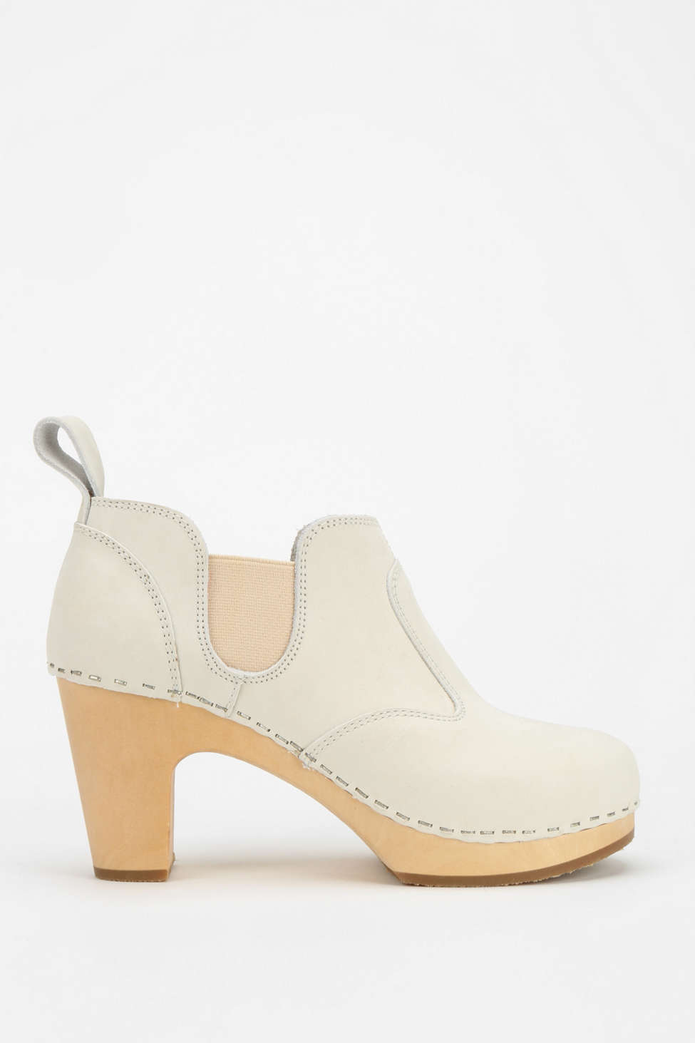 http://www.urbanoutfitters.com/urban/catalog/productdetail.jsp?id=30671812&parentid=SALE_W_SHOES#/