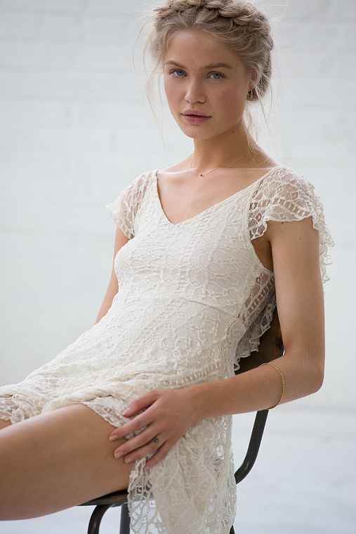 Kimchi blue valencia lace flutter back dress urban - Urban outfitters valencia ...
