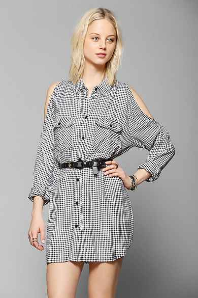 Save Up to 50% OFF Many Sale Items + Free Delivery On First International Orders Over £75 at UrbanOutfitters.com