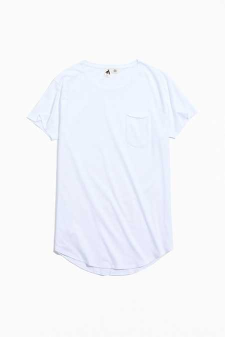 Feathers Curved Hem Tee