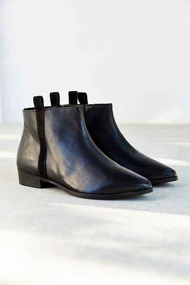 Silence + Noise Pull-On Leather Ankle Boot