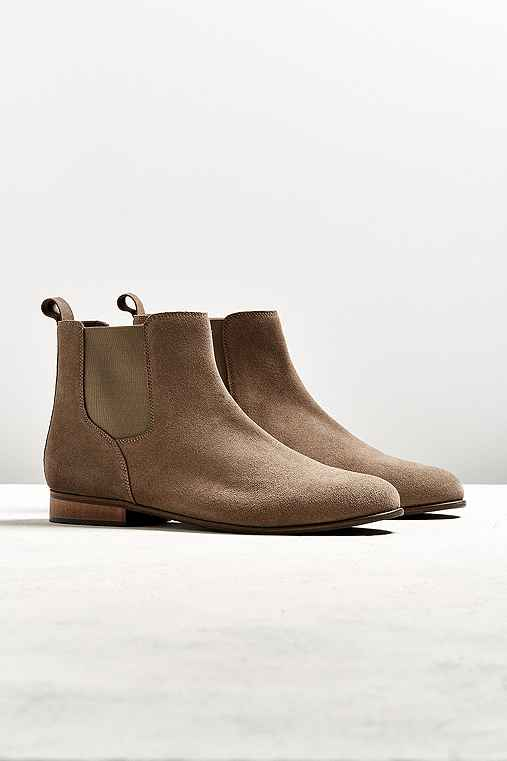 UO Suede Chelsea Boot,TAUPE,10