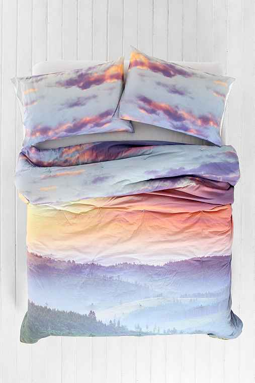 Plum Amp Bow Rolling Hills Comforter Urban Outfitters