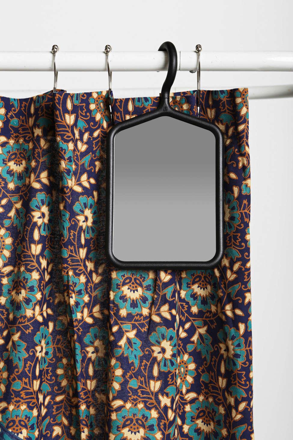 Hanger Mirror