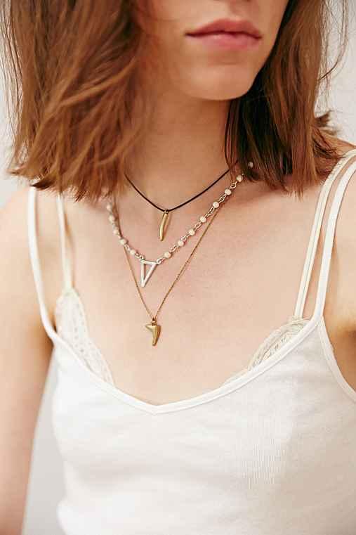 Triple Delicate Necklace