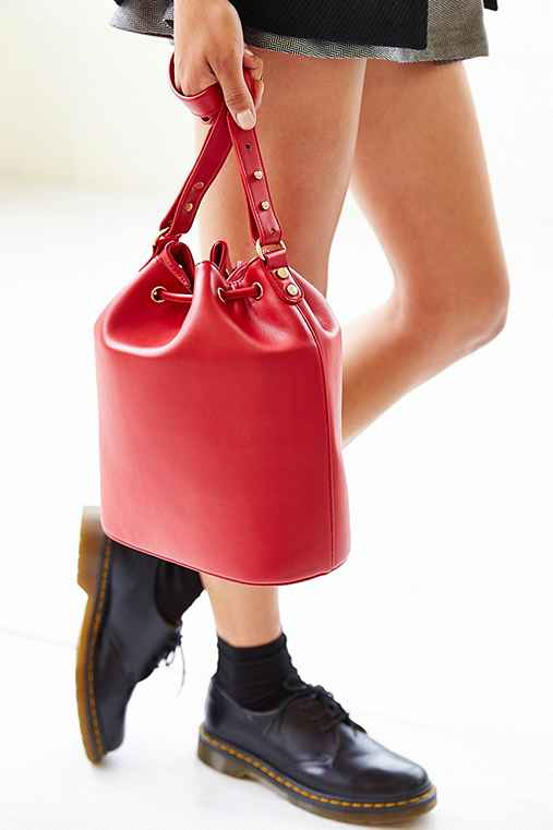 Cooperative Structured Bucket Bag,RED,ONE SIZE