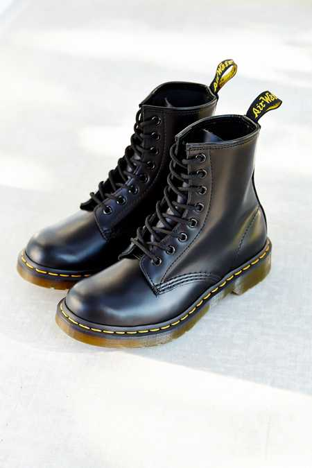Dr. Martens 1460 Smooth Boot