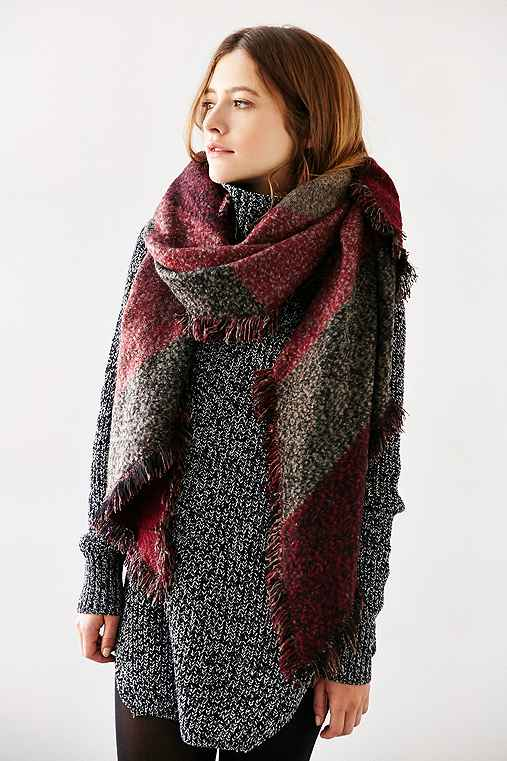 Oversized Geo Blanket Scarf,MAROON,ONE SIZE