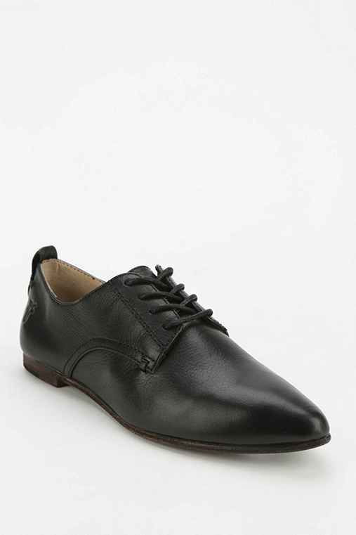 Outfitters Shoes