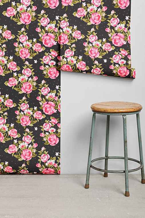 walls need love roses removable wallpaper urban outfitters. Black Bedroom Furniture Sets. Home Design Ideas