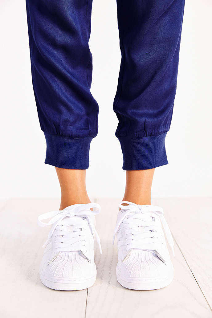 vyasq adidas Originals Superstar Sneaker - Urban Outfitters