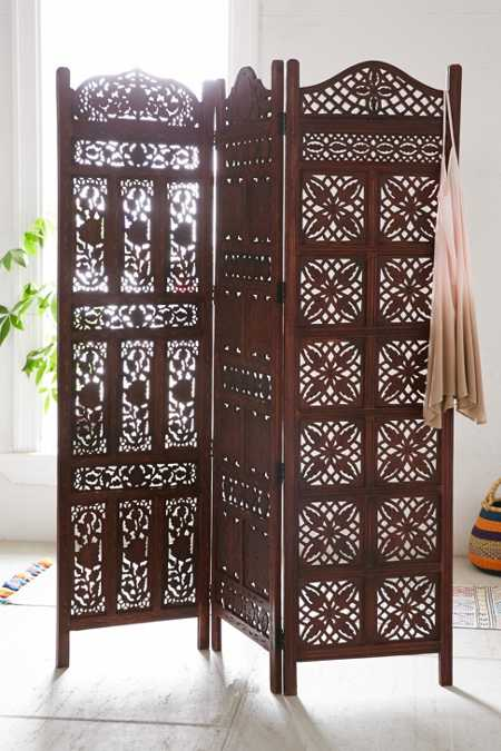 Amber Wooden Carved Screen