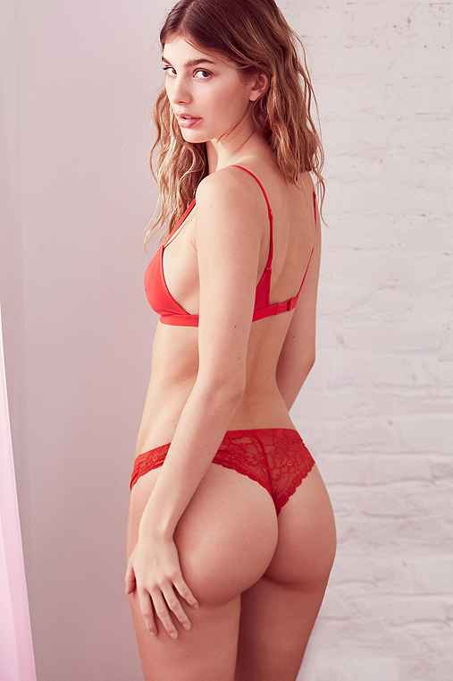 Out From Under Nina Laser-Cut Lace-Back Thong,RED,L