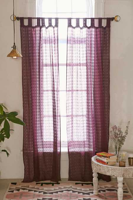 Plum & Bow Lace Curtain
