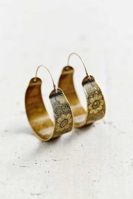 Mandarin Escape Hoop Earring