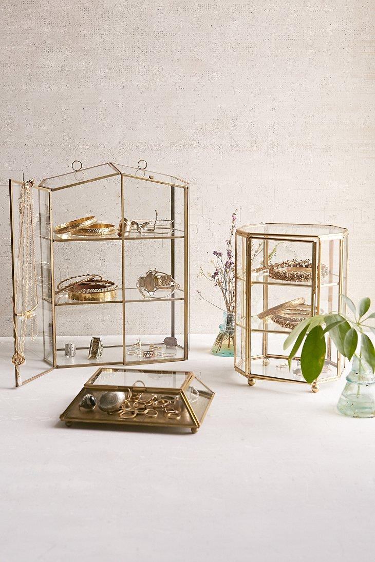 GLASS HOUSE DISPLAY BOX