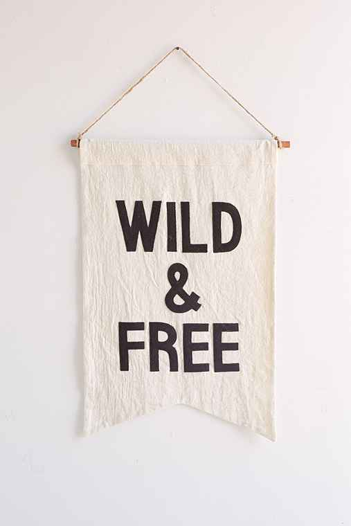 Secret Holiday & Co. X UO Wild Banner,BLACK & WHITE,ONE SIZE