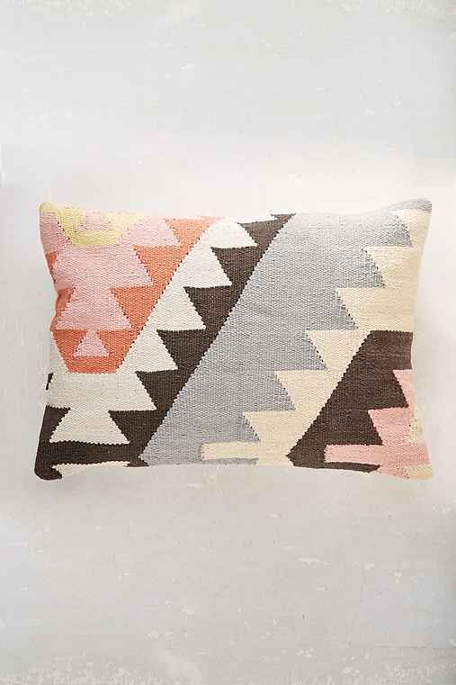 Plum & Bow Tepeck Kilim Pillow,PINK,ONE SIZE