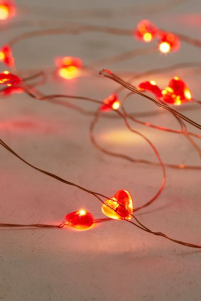 Led String Lights Urban Outfitters : Heartstring Battery Powered String Lights - Urban Outfitters