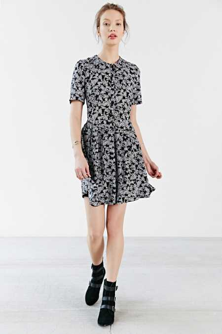 Kimchi Blue Pleated Floral Shirt Dress
