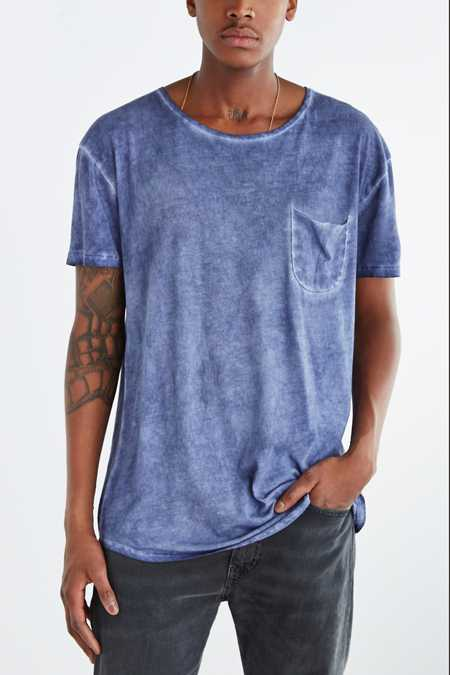 Feathers Oil Wash Long Scoop Neck Tee