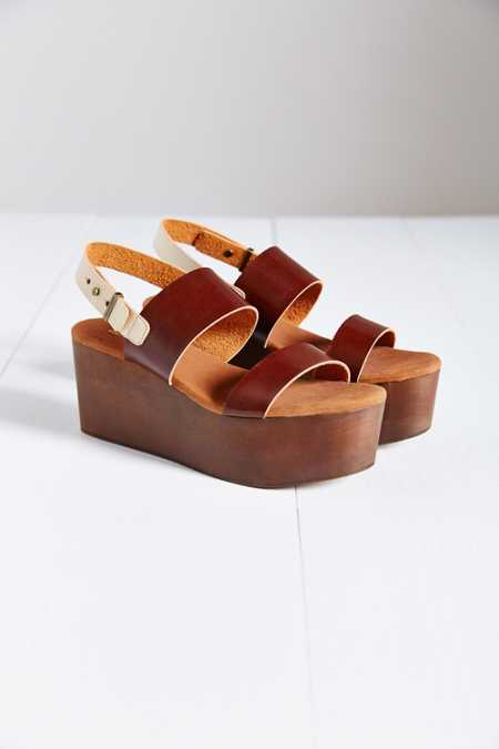 Cooperative Piper Wood-Bottom Platform Sandal