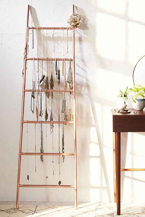Decorative metal ladder urban outfitters - Echelle en bois porte serviette ...