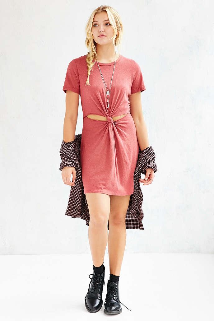 DIY T-shirt Knot Dress