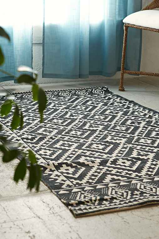 Magical Thinking Tahoe Geo Printed Rug,BLACK & WHITE,3X5