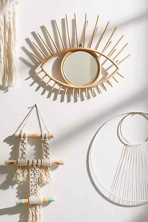 Magical thinking open eye mirror urban outfitters for Miroir soleil deco