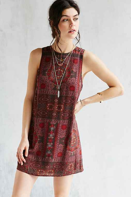 Ecote Guinevere Open-Back Frock Dress,MAROON,L
