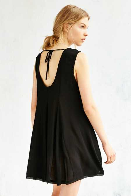 Ecote Clary Godet Trapeze Dress
