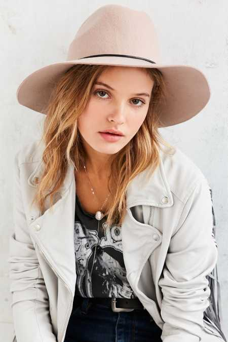 Tie-Back Wide Brim Hat