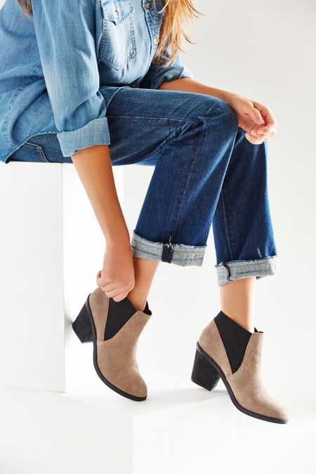 Elastic Ankle Boot