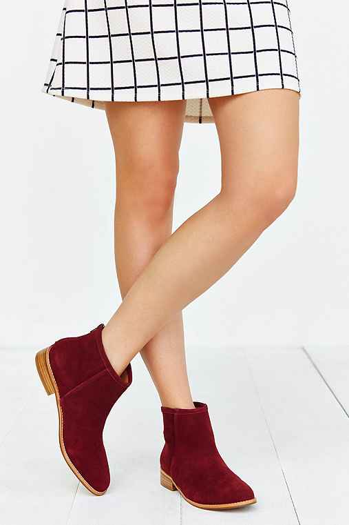 Poppy Suede Ankle Boot,MAROON,9