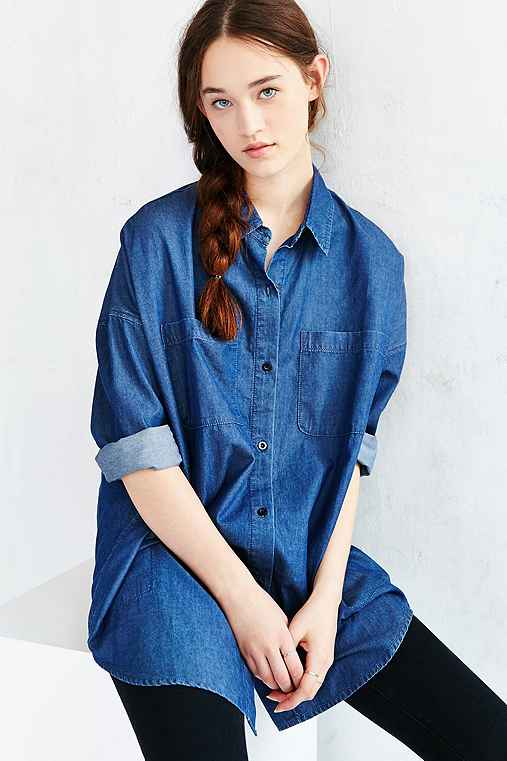 UNIF X UO Denim Button-Down Shirt,VINTAGE DENIM DARK,S
